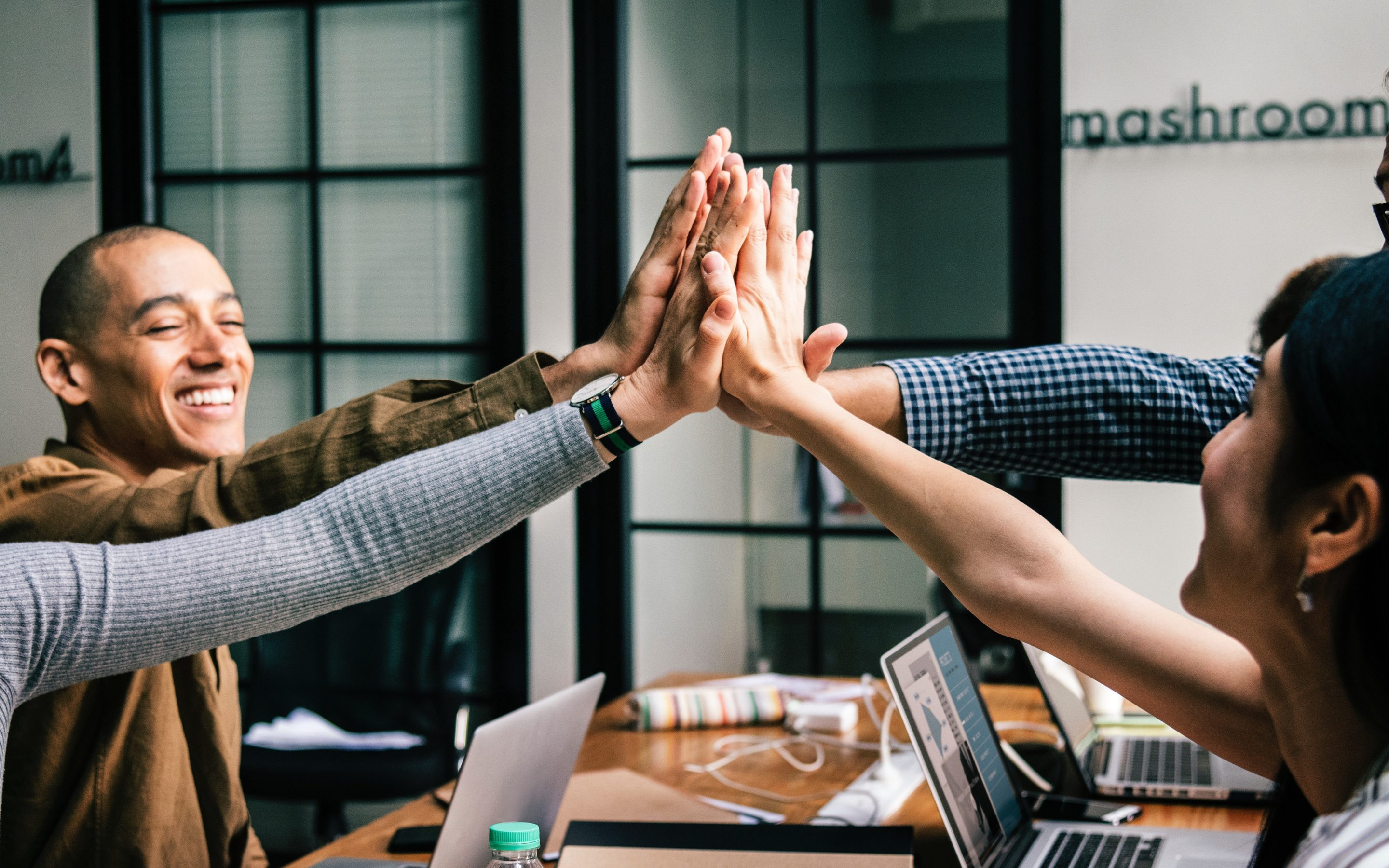 DO YOU HAVE BENEFITS FOR YOUR TEAM?